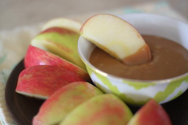 Rhonda's Recipe Roundup – Caramel Apple Dip